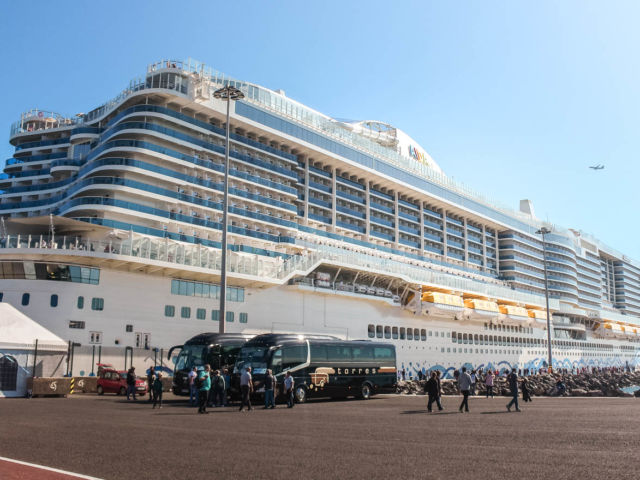 AIDAnova Kreuzfahrt Ausflug Hafen