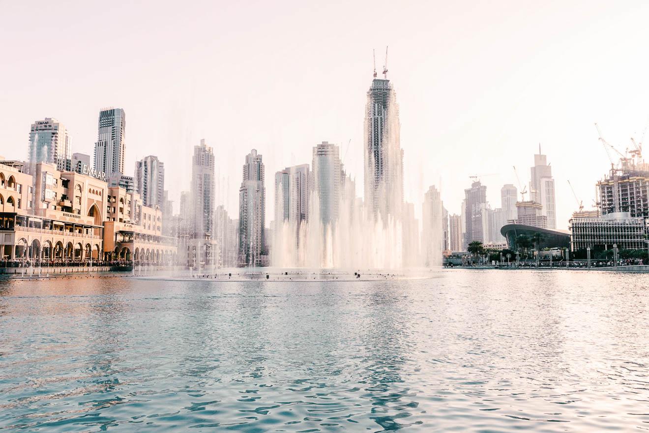 Dubai Fountain Wasserspiele Show Zeiten