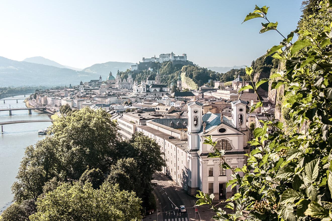 Städtetrip nach Salzburg Fluss Ausblick